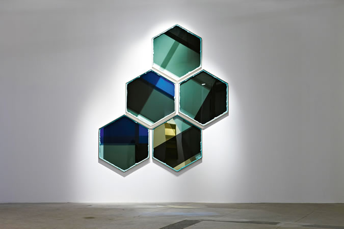 :mentalKLINIK, Cheater Gang, 2011, Glass, micro-layered polyester films, anodized aluminium, liquid polymer resin, 5 pieces, 103x120cm