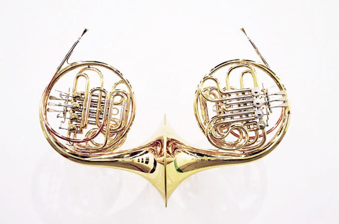 :mentalKLINIK, FrenchKiss, 2013, Double French Horn, Lacquered brass body, 81x54x31cm