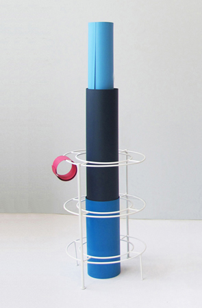 Tula Plumi, Untitled, Lines and circles series, 2012, spray paint on metal, 102x32x35cm
