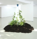 Manolis D. Lemos / Untitled , 2012, metal sculpture & plaster pedestal and ivies, 41x41x169,5cm